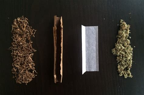 How To Make A Blunt Out Of Paper - what s the difference between joints blunts and spliffs