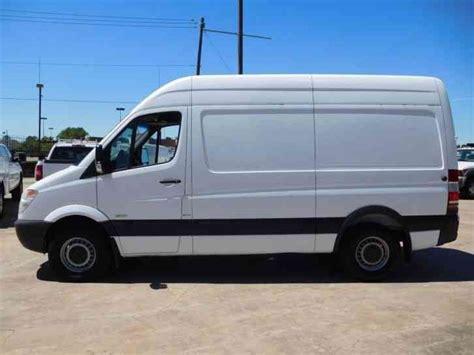 mercedes benz sprinter 2500 van 2011 van box trucks mercedes benz sprinter 2500 van 2011 van box trucks
