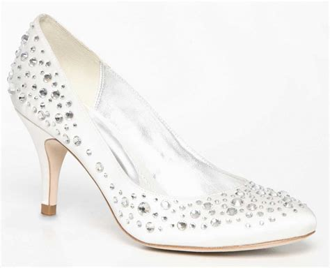 Wedding Shoes Expensive by 25 Expensive Wedding Shoes For Your Bridal Look