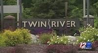 Investors sell off Twin River stock as Boston casino bites