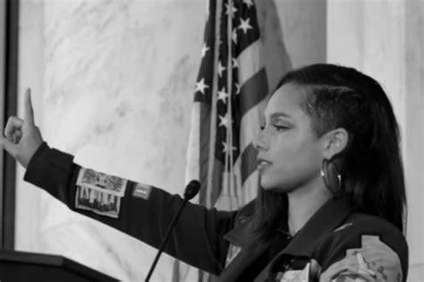 Alicia Keys in Jail