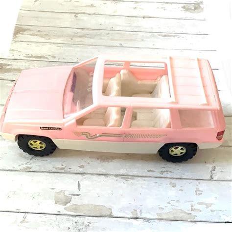 Barbie Jeep Cherokee Tim Mee
