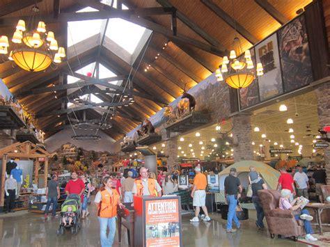 Cabela's Sporting Goods