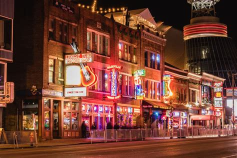Downtown Nashville Bars