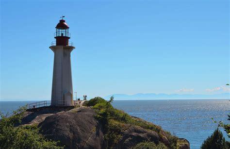 Lighthouse Park Trail