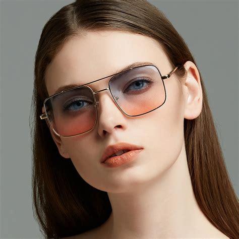 Women Gradient Lenses Sunglasses