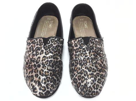 Women Leopard Toms Flats