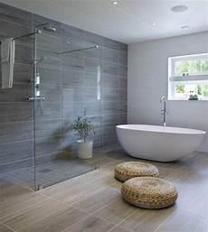 Baignoire à L Italienne Une Maison Pour Une Nouvelle Vie Bathroom Salle De