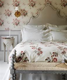 tapete schlafzimmer romantisch bedroom ideas bedroom designs