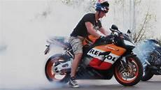 Honda Fireblade Burnout Cbr 1000 Rr Repsol Sc57