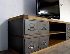 meuble tv en acier et bois industriel ch 234 ne ou 233 pic 233 a