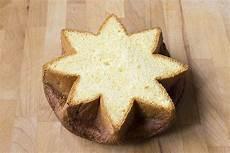 stella di pandoro con mousse al mascarpone fatto in casa da benedetta rossi ricetta stella di pandoro con mousse al mascarpone ricetta ricette di dolci natalizi ricette e