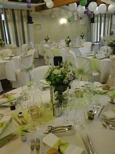 tables rondes et d 233 co blanche ou color 233 e pour un mariage