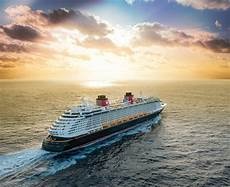 disney cruise line offers reduced deposit rate select bookings