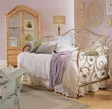 Bedroom Ideas For Vintage by Bedroom Glamor Ideas Vintage Retro Style Bedroom Glamor