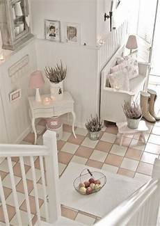 flur shabby chic 25 and sweet shabby chic hallway d 233 cor ideas digsdigs