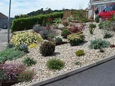 gravel garden design gravel landscaping pea gravel