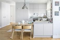 apothekerschrank küche weiß k 220 chenzeile wei 195 ÿ modern free ausmalbilder