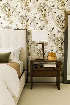 schlafzimmer tapezieren ideen 30 bedrooms with statement wallpaper