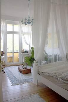 Altbau Zimmer Einrichten - traumhaftes balkonzimmer mit himmelbett himmelbett