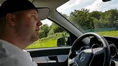 Adi Beim Auto Fahren In Kirchheim Verkehrs 252 Bungsplatz