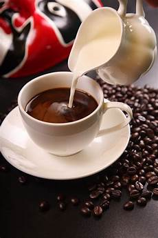 kaffee mit milch milk coffee