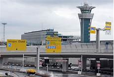 acces aeroport orly l a 233 roport d orly pr 233 pare sa mutation