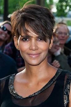 actrice cheveux courts