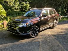 2018 mitsubishi outlander 2018 mitsubishi outlander phev gas mileage review