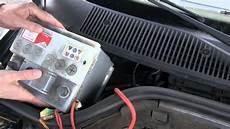 le sur batterie tutoriel auto 04 remplacer une batterie