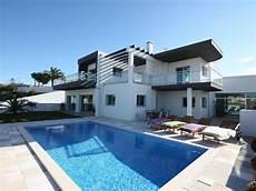 location villa au portugal avec piscine superbe contemporaine villa venda avec piscine