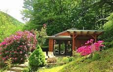 romantische hütte eifel holzhaus am see mit eigener sauna kaminofen f 252 r