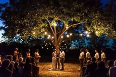 the outdoor ceremony in tuscany ilbiancoeilrosa wedding