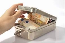 Schrank Matratze Welche Geldverstecke Einbrecher
