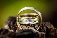 500 engaging wedding rings photos 183 pexels 183 free stock