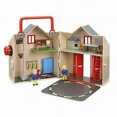 la grande caserne de sam le pompier ouaps la famille