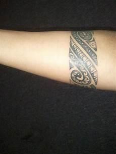 armband symbole und bedeutungen tattoos