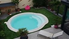 piscine pour petit espace piscine coque enterr 233 e guide d achat complet maison