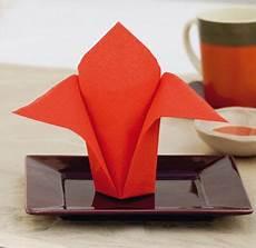 comment plier des serviettes de table en papier pliage de serviette avion en papier pliage de serviette