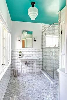 f 252 r farbe im bad die decke streichen gedeckte farben