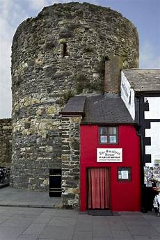 wedge shaped house is britains house of the one of wales narrowest houses goes on the market for the