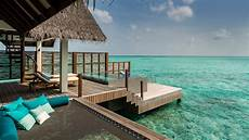 haus auf dem wasser water sunset villas maldives four seasons landaa