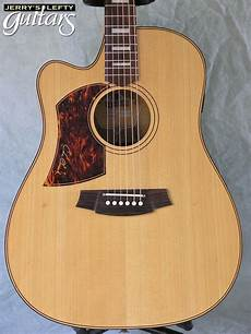 clark guitar jerry s lefty guitars newest guitar arrivals updated weekly cole clark fl2ac left handed 1 9 11