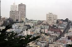 A Travers Le Monde Dans Les Rues De San Francisco