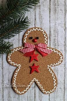 Basteln Mit Korkplatten - weihnachtsbasteln mit kindern lebkuchenmann aus einer