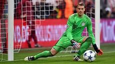 Bayern Neue Spieler - neuer nominated for uefa award fc bayern munich