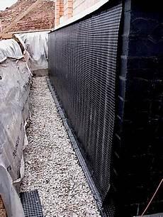 etancheite mur en imperm 233 abiliser les fondations contre l humidit 233 dossier