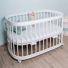 kinderbett komplett tweeto babybett kinderbett 7 in 1 komplett set massiv
