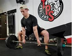 the sumo deadlift you re doing it the wrong way elite fts