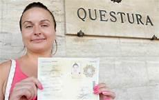 permesso di soggiorno can i transit uk with my permesso di soggiorno which is